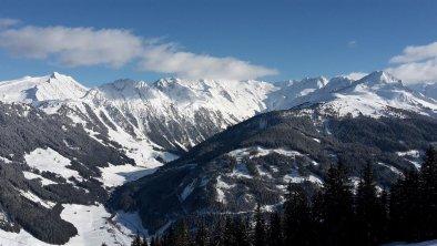 Bergmassiv der Zillertaler Alpen