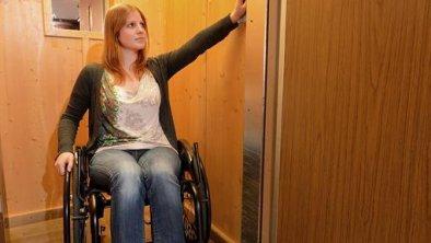 Accessible lift, © Hotel Hochfilzer GmbH