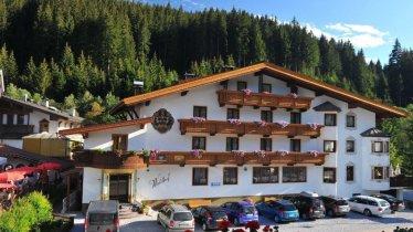 Hotel Waldhof im Sommer