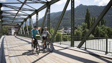 Inn Cycle Path near Prutz, © Tirol Werbung / Soulas Oliver