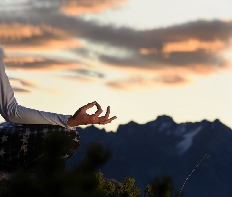 There's something so grounding about yoga in the mountains: Nurture your body, mind and spirit in Tirol. , © Tourismusverband St. Anton am Arlberg, Patrick Säly