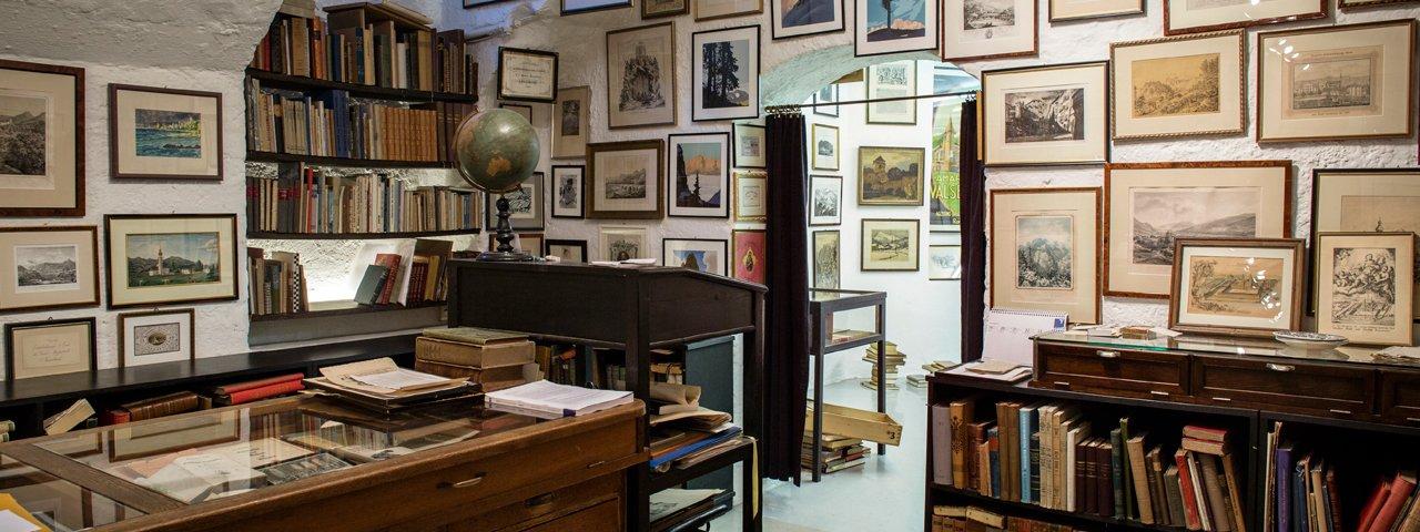 Antiquariat und Galerie Dieter Tausch, © Tirol Werbung/Lisa Hörterer