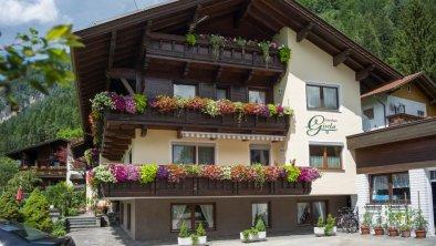 Gaestehaus_Gisela_Bruck_Dorf_10_Haus_aussen