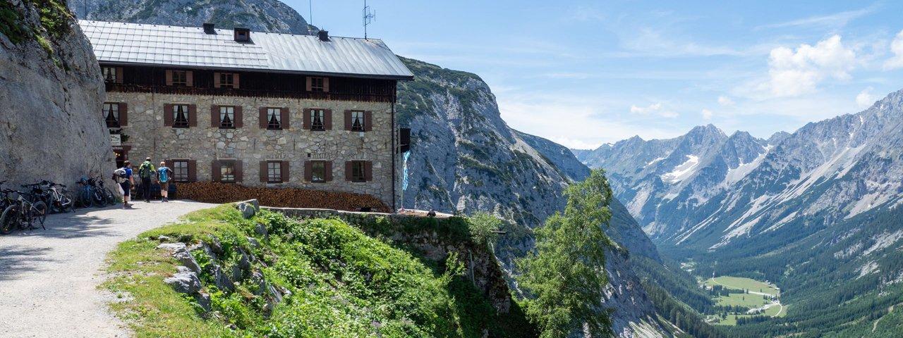 Karwendelhaus, © Tirol Werbung / Markus Jenewein