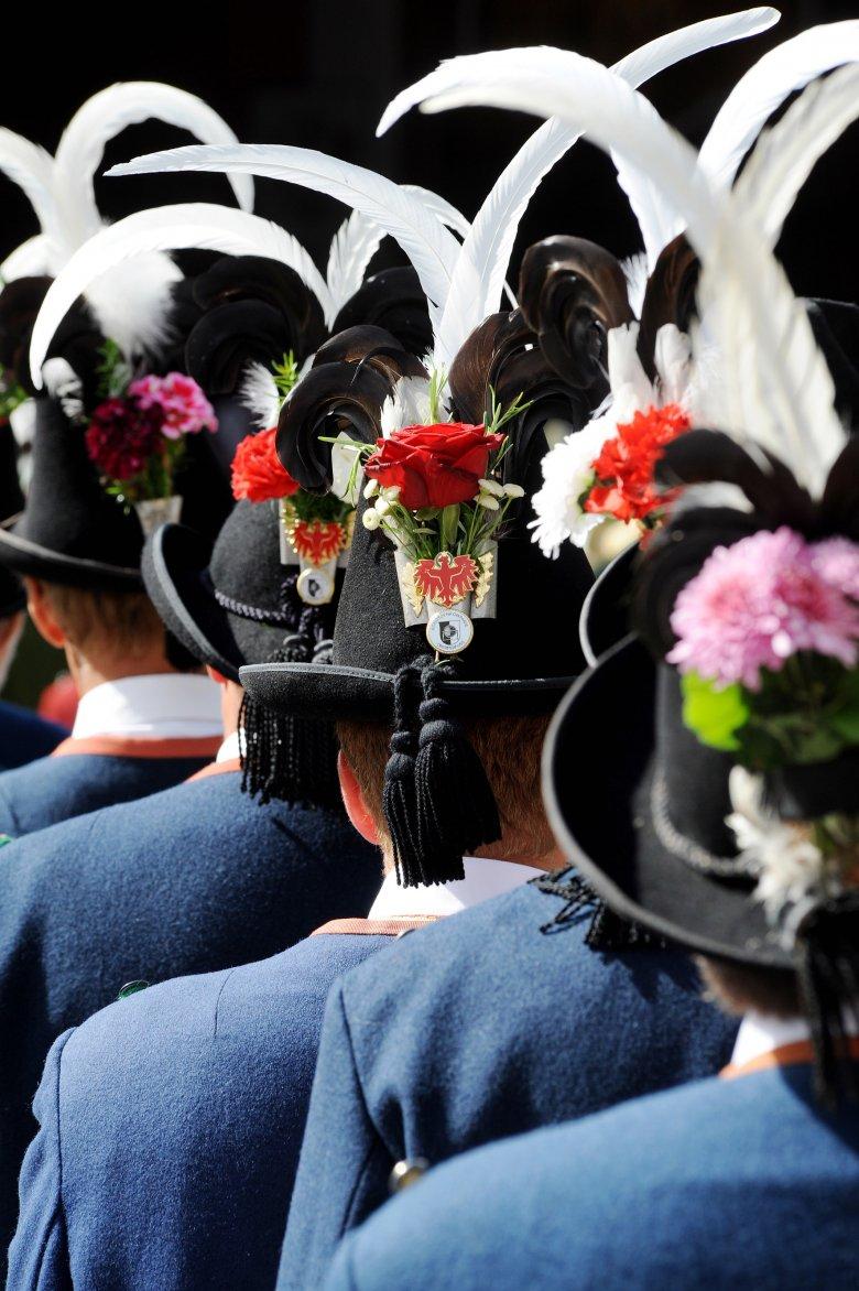 Centuries-old traditions are kept alive in Tirol. , © Tirol Werbung / Bernhard Aichner