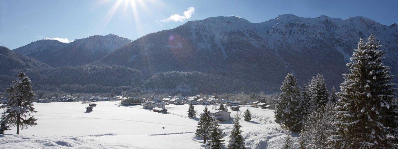 Weißennbach am Lech in winter, © Naturparkregion Reutte