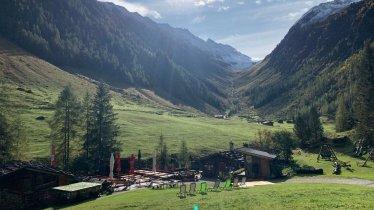 Family-friendly hike through the Schwarzachtal Valley, © TVB Zell-Gerlos, Zillertal Arena