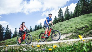 E-Bike in Leutasch, © Olympiaregion Seefeld, Stephan Elsler