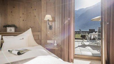 Zimmer mit Morgensonne im Arnika