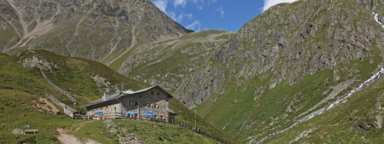 The Amberger Hütte in the Stubai Alps, © Anton Thaler