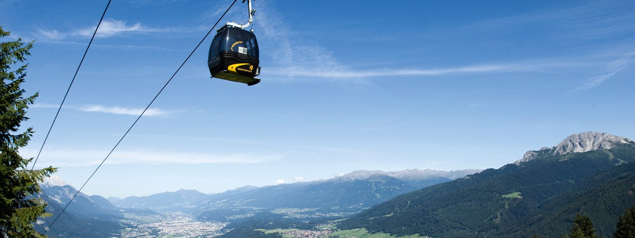 Eight-person cable car in Oberperfuss, © TVB Innsbruck