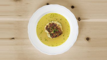 Kasspressknödel: Tirolean Cheese Dumplings, © Tirol Werbung/Ilvy Rodler
