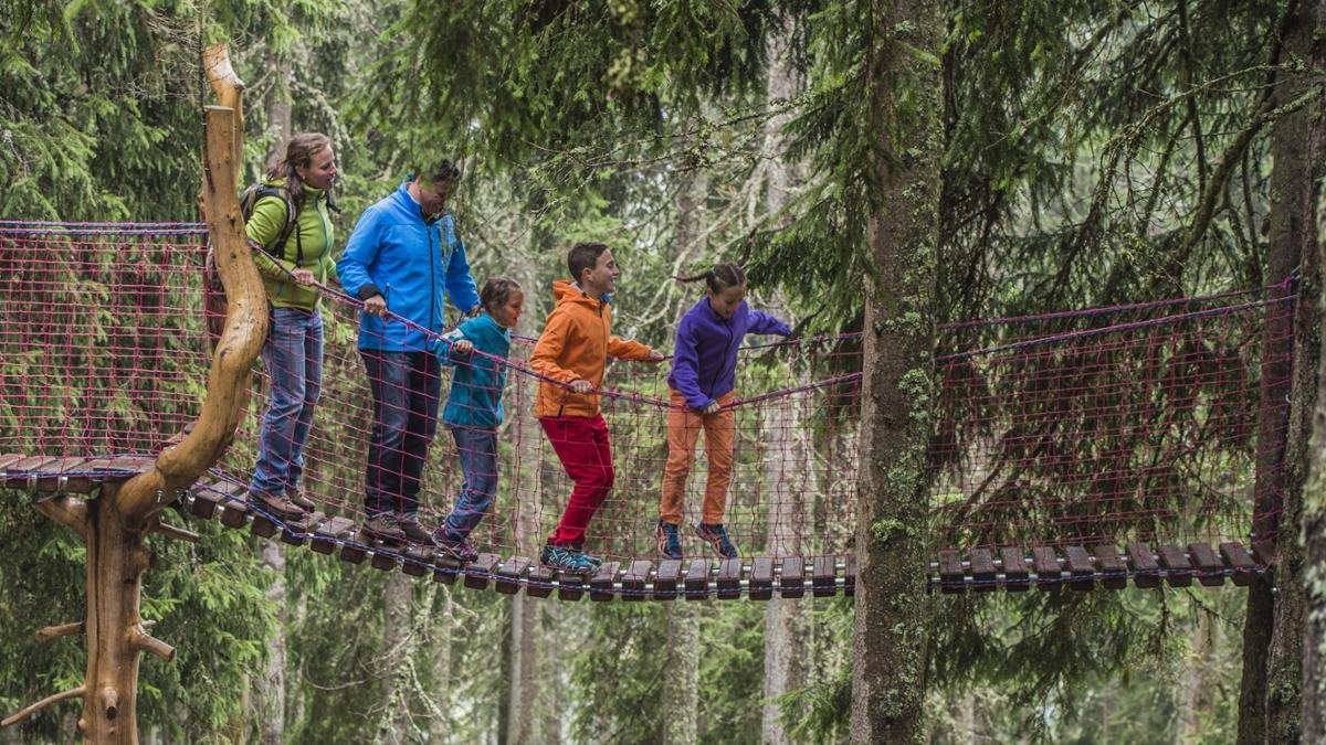 Children looking for fun and action should head to the KinderKaiserwelt, an adventure play area between the lower station of the Scheffau-Brandstadl cable car and the Bergrestaurant Brandstadl., © Wilder Kaiser