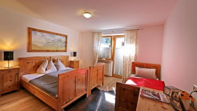 Tristner 55m² Schlafzimmer 1, © Alpen Appartements Mayrhofen