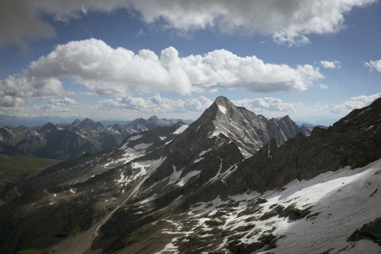 Keep fit by hiking in the Zillertal on the Tux-Finkenberg.