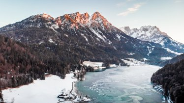 The Hintersteiner See lake in winter, © Discover Austria