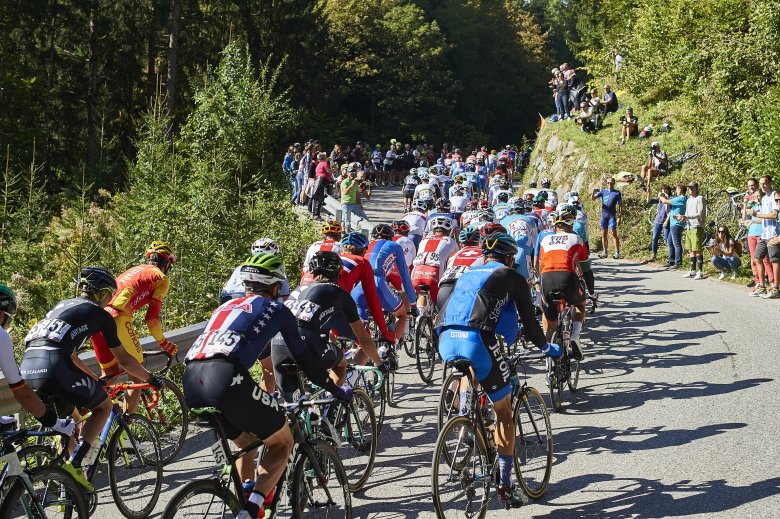 The first key spot and the first climb of the race: Gnadenwald was a sharp introduction at 2.8km and an average of 10.1%.