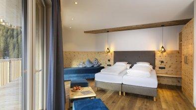 hotel_zirbenhof_hochfuegen_panoramamountainsuite 1