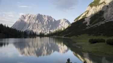 Looking towards the Seebensee lake, © Tirol Werbung/Bert Heinzlmeier