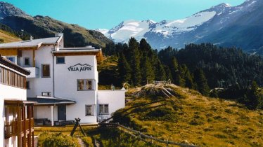 Villa Alpin Sommeransicht