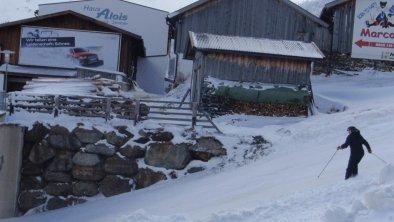 Talabfart hinterm Haus Alois