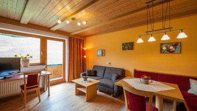 Ferienwohnung Wohnküche, © Hierzer