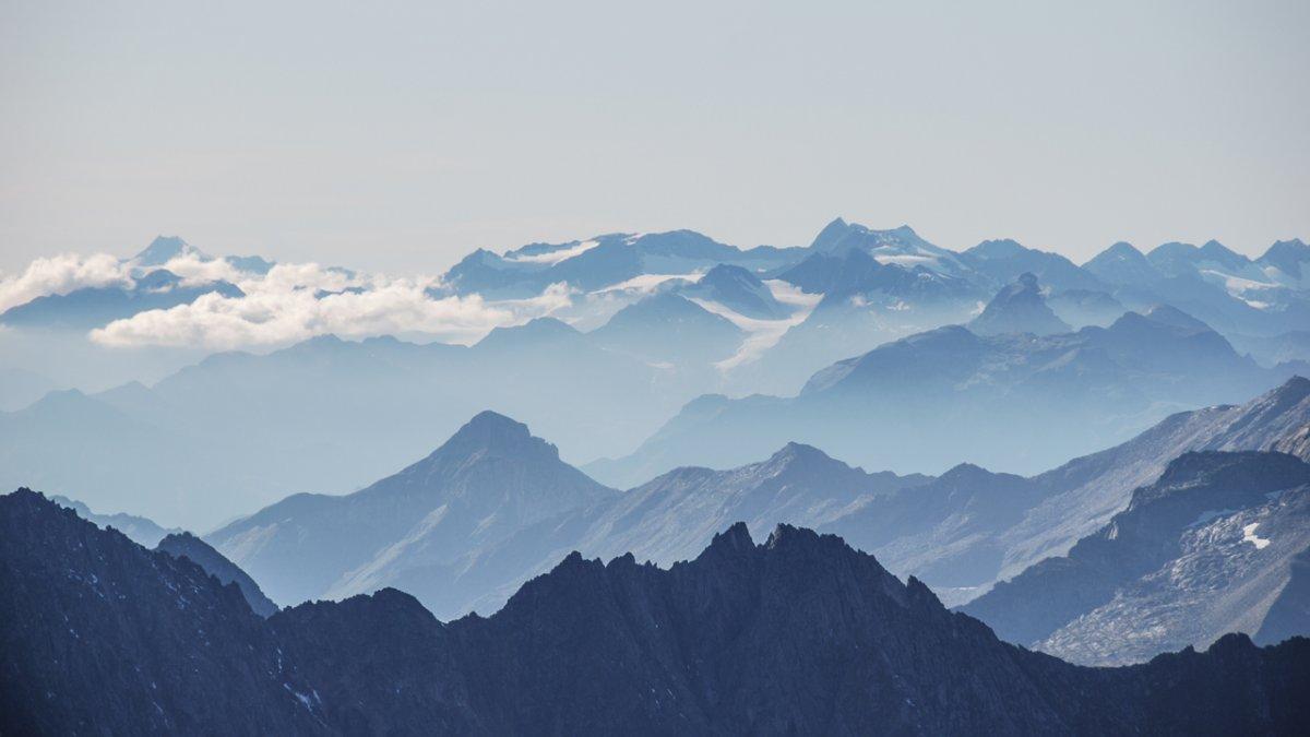 Mountain horizon, © Jannis Braun