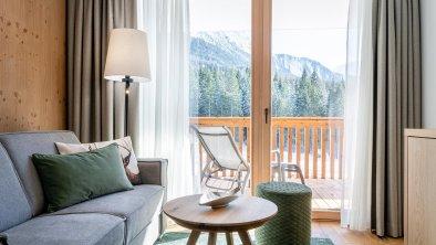 web_wohnzimmer_junior Suite_mit Balkon
