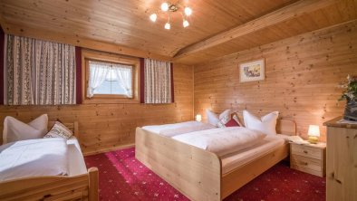Schlafzimmer neu1