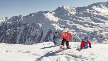 Family holidays in winter, © Tirol Werbung/Robert Pupeter