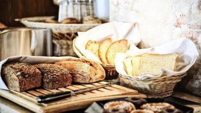 (36) Frühstück Buffet groß frisch regional Bild ne