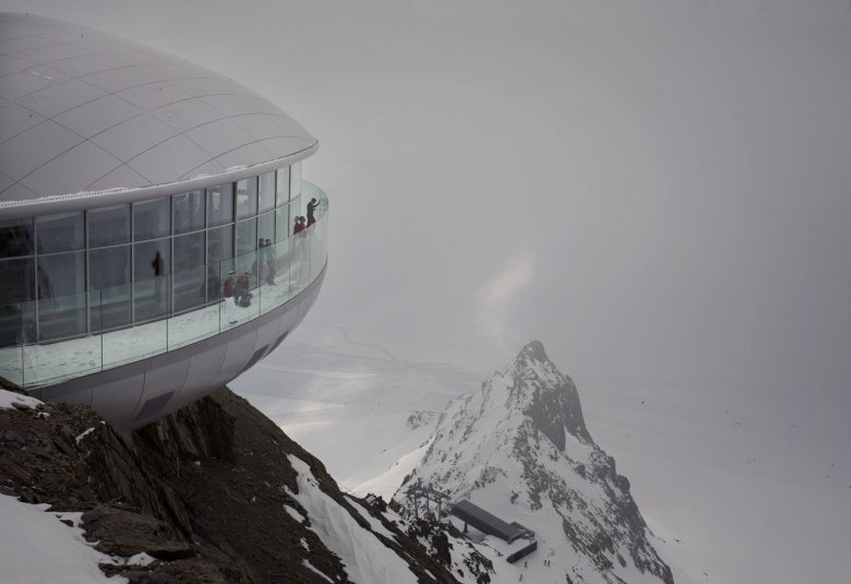 Austria's Highest Coffee Bar, named Café 3.440 for its altitude (3,400 meters) is located atop the mountain at Pitzal Glacier. (Photography: Tirol Werbung, Verena Kathrein)