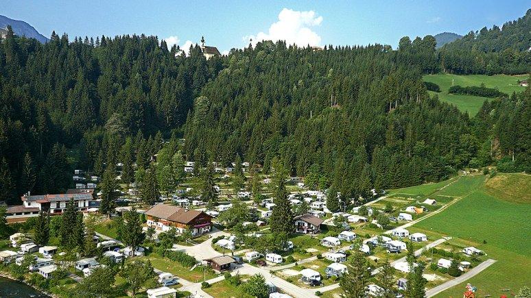 Schlossberg campsite in Itter, © Camping Schlossberg