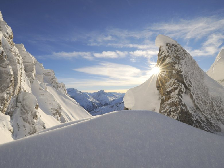 Mountains. Sunshine. Snow. Is there anything else you could possibly ask for?!