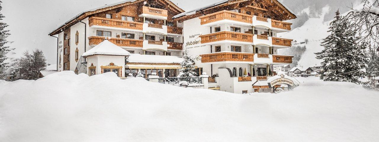 Stubaierhof in winter, © Chris Hasibeder