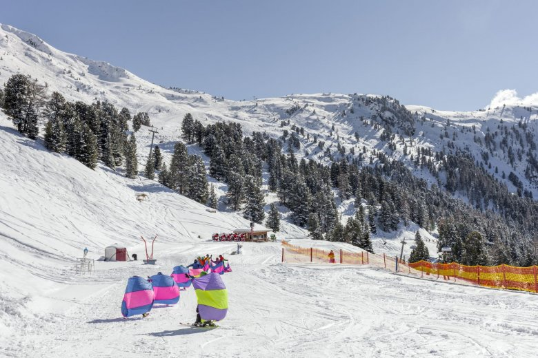 Children's Ski Lesson in Pitztal Valley, Hochzeiger Ski Resort