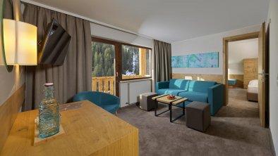 hotel_zirbenhof_hochfuegen_panoramafamilysuite 2