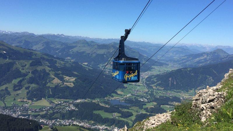Horngipfelbahn cable car at the Kitzbüheler Horn mountain, © Tirol Werbung