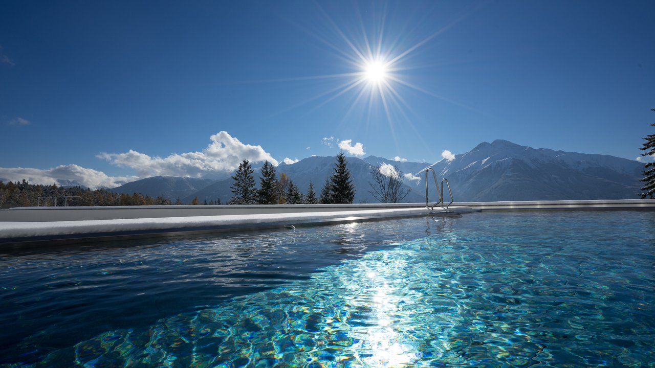 Outdoor infinity pool at the Nidum Casual Luxury Hotel in Mösern near Seefeld, © Nidum Casual Luxury Hotel