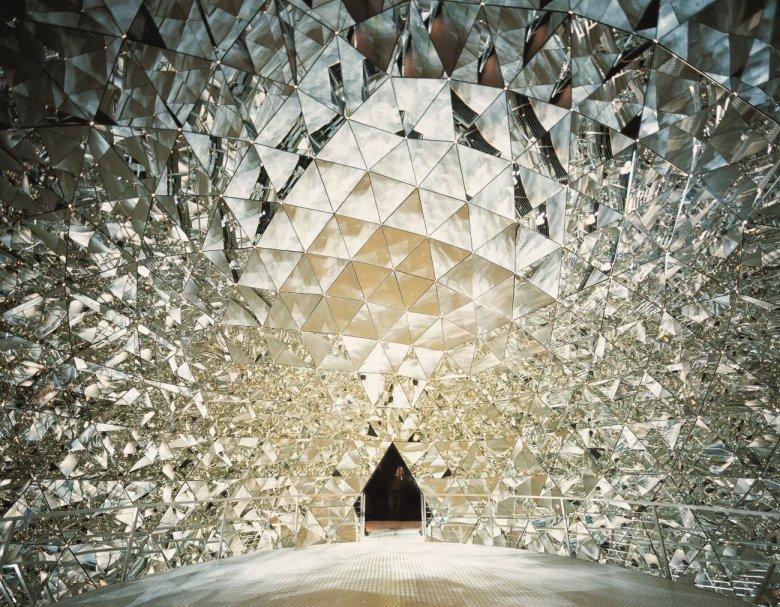 Swarovski Crystal Dome (Photo: Walter Oczlon)