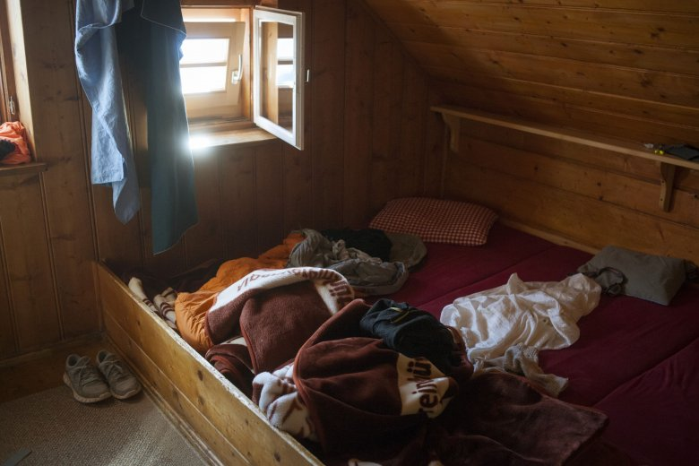 Tyrol offers many sleeping places for hikers, for example in the Ötztal at the Erlanger Hütte.