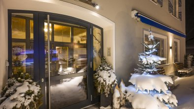 Haus Winter Nacht Eingang1