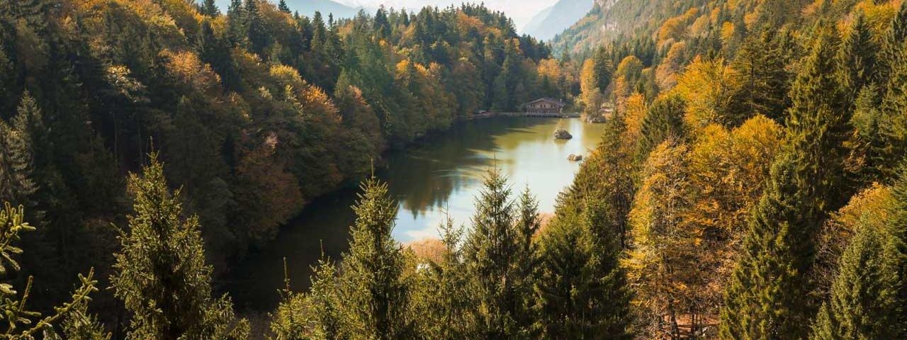 Autumn in Tirol: Berglsteiner See lake, © Tirol Werbung/Mario Webhofer