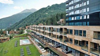 csm_gradonna-resort-hotel-in-osttirol-31_828a55a3e