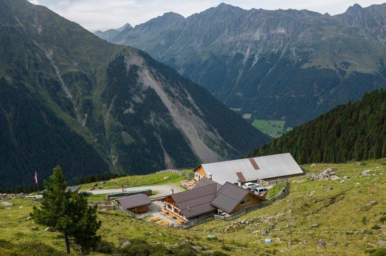 The Juifenalm is one of many traditional huts in the Sellrain Valley. , © Tirol Werbung, Jörg Koopmann