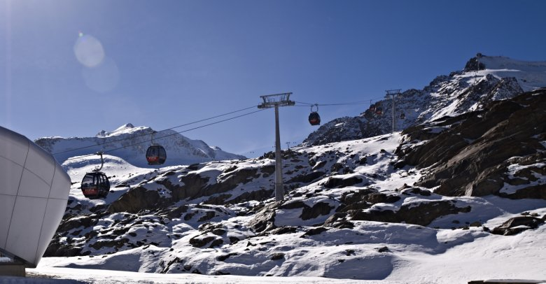 Several Tirol Resorts offer early morning access to untouched terrain (Photo Credit: TVB Pitztal)