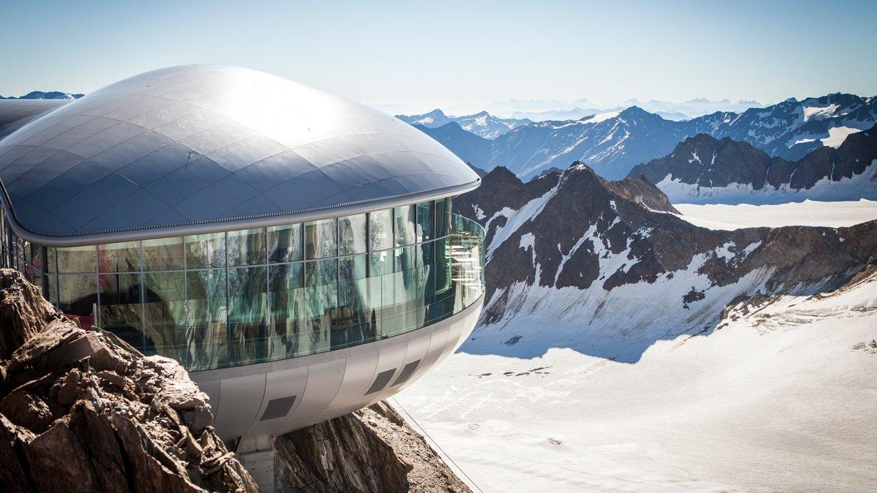 Café 3440 on the Pitztal Glacier, © Pitztaler Gletscherbahnen