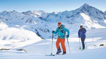 Ski touring on the pistes in Axamer Lizum, ©  Innsbruck Tourismus / Christian Vorhofer