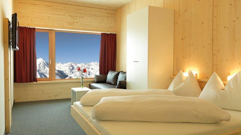 Room at the Venet Gipfelhütte, © Bergbahnen Venet