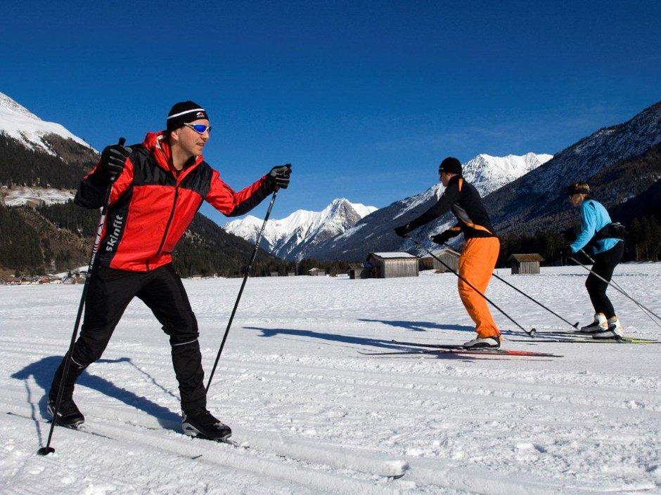 Cross-country skiing, © Naturparkregion Reutte